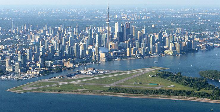 Toronto skyline island large